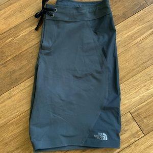 NORTH FACE Nylon Dk. Gray Shorts Sz 36